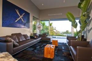 nightingale-house-living-room-decor-582x386