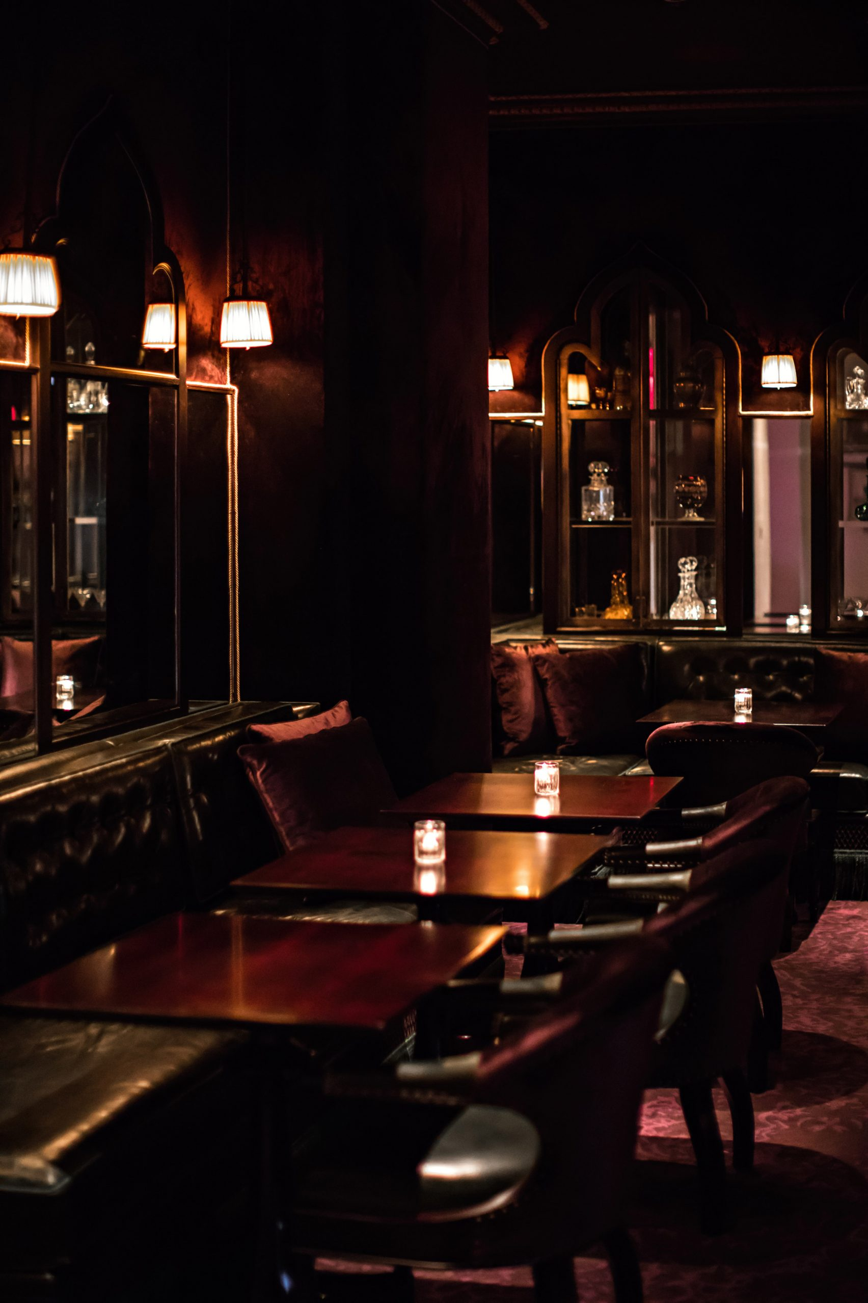 nomad-hotel-los-angeles-jacques-garcia-usa-interiors_dezeen_2364_col_14-1704x2556