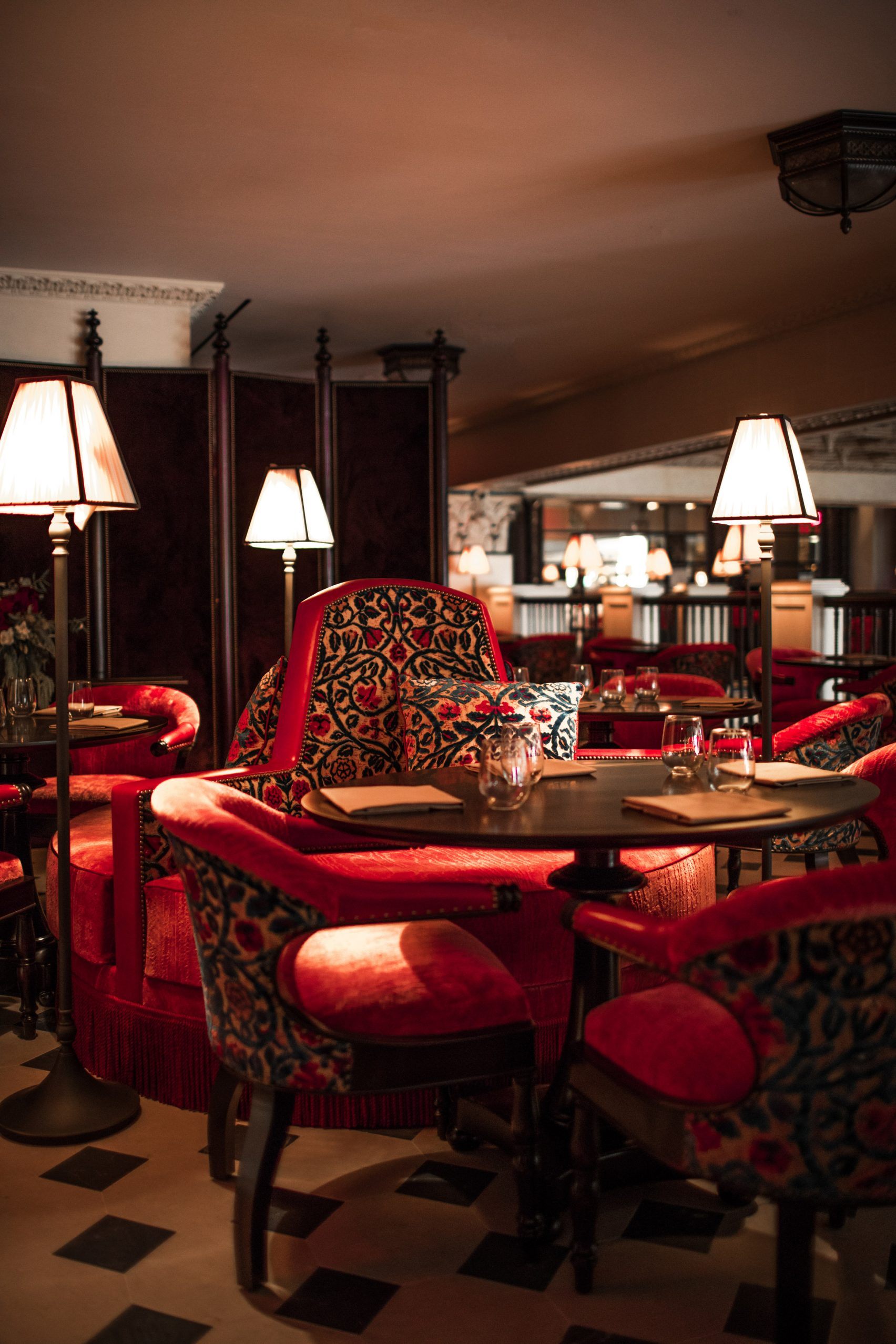 nomad-hotel-los-angeles-jacques-garcia-usa-interiors_dezeen_2364_col_8-1704x2556